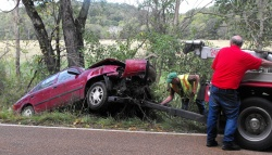 Weekend wrecks injure two drivers