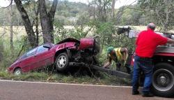 Weekend wrecks injure two drivers