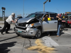 Rollover wreck Saturday snarls Saint Robert traffic at Ramada intersection