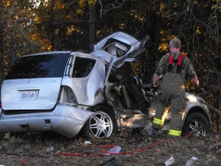 Dixon head-on crash sends driver to Columbia by helicopter on Monday