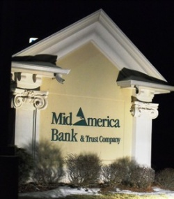 Bank fraud, bribery charges filed against local bankers, businessmen