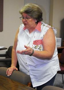 Wrong address delays ambulance, could cost lives, Dixon woman says