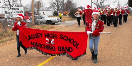 Saturday Christmas Parade in Laquey begins series of holiday parades