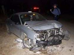 Two crashes hurt three Dixon teens