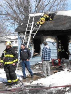 Fire wrecks Richland home Monday