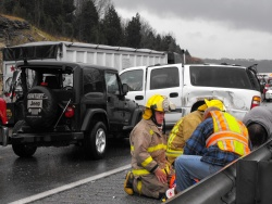 Three hurt in six-vehicle Monday wreck on I-44 involving state trooper