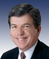 Sen. Blunt honored for work on behalf of military families